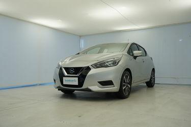 Visione frontale di Nissan Micra
