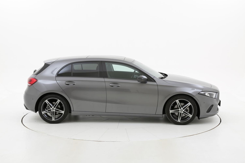 Mercedes Classe A ibrido benzina antracite a noleggio a lungo termine