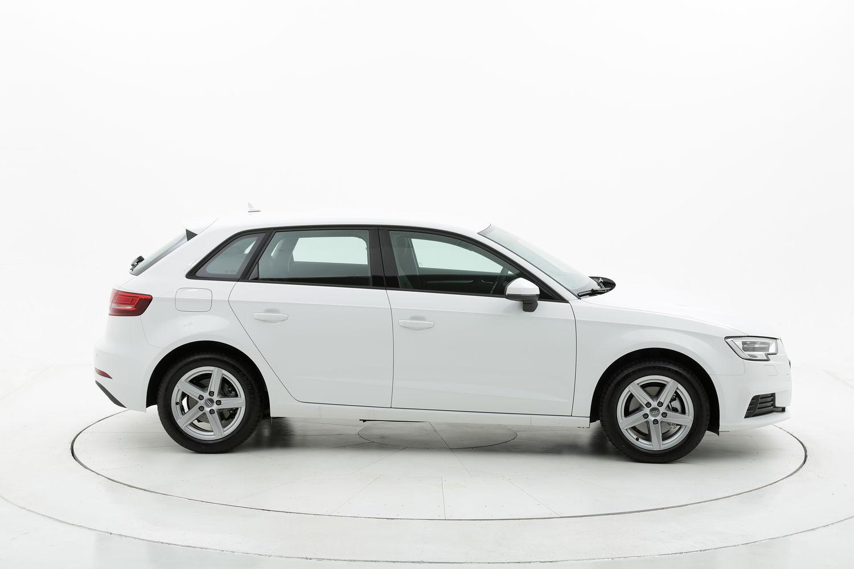 Audi A3 ibrido benzina bianca a noleggio a lungo termine