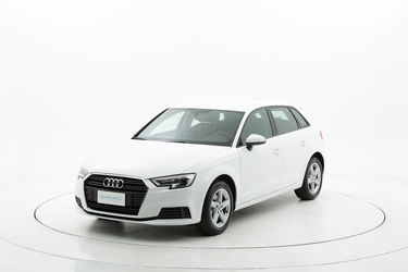 Audi A3 ibrido benzina  a noleggio a lungo termine