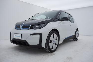 Visione frontale di BMW i3