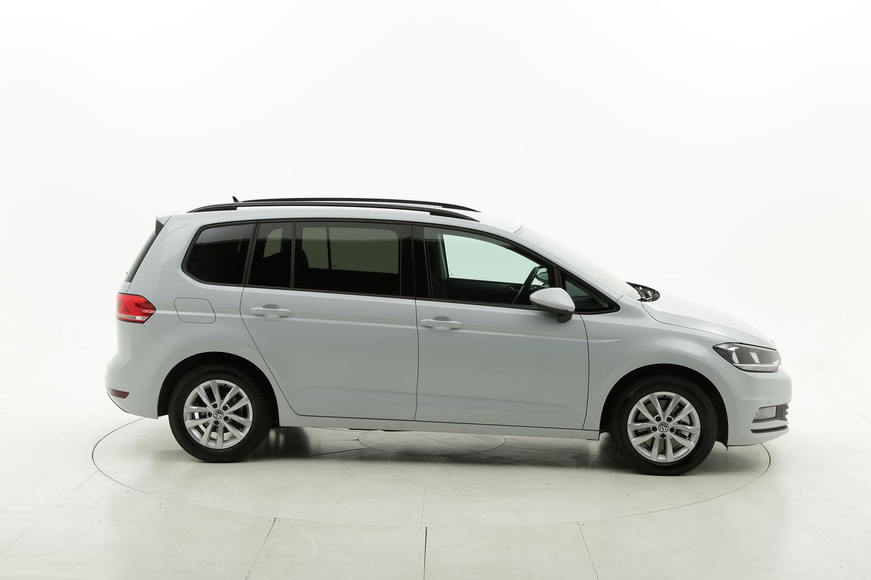 Volkswagen Touran diesel argento a noleggio a lungo termine