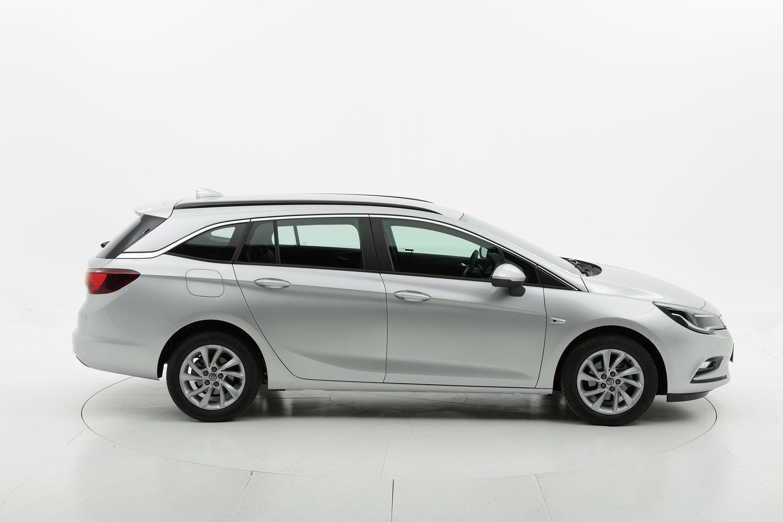Opel Astra diesel argento a noleggio a lungo termine
