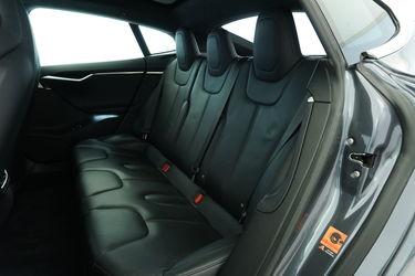 Tesla Model S Sedili posteriori
