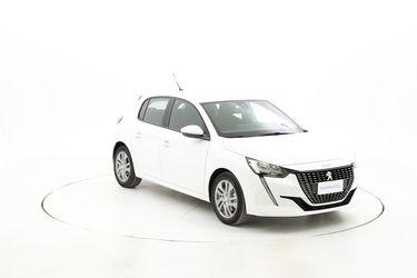 Peugeot 208 elettrica noleggio lungo termine