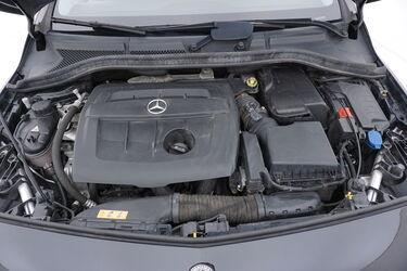 Vano motore di Mercedes Classe B