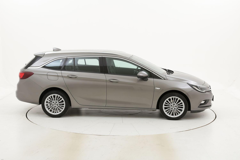 Opel Astra usata del 2017 con 59.836 km