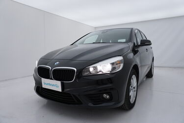 Visione frontale di BMW Serie 2 Active Tourer