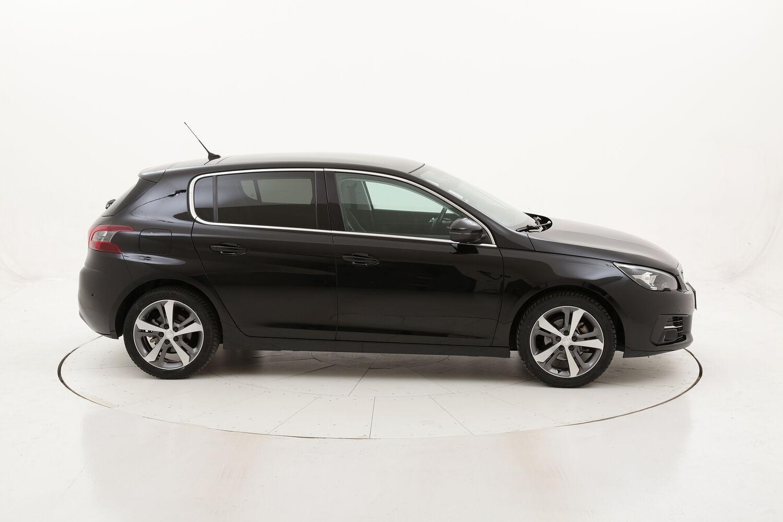 Peugeot 308 Allure usata del 2018 con 44.223 km
