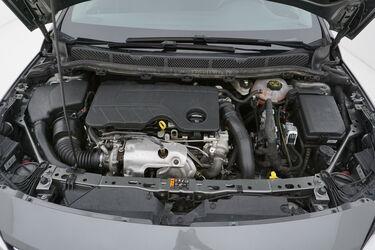 Vano motore di Opel Astra