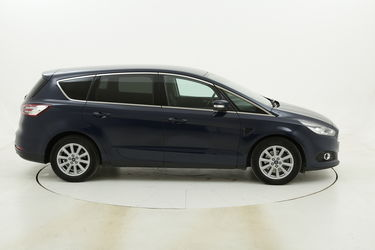 Ford S-Max Titanium Business Powershift - 7 posti usata del 2017 con 71.072 km