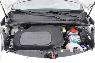 Vano motore di Fiat 500L