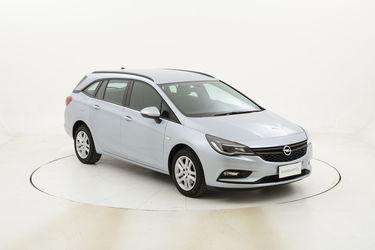 Opel Astra ST Business usata del 2016 con 106.214 km