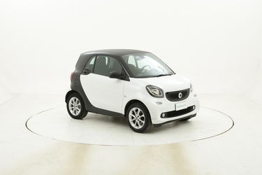 Smart Fortwo Youngster twinamic usata del 2016 con 60.435 km