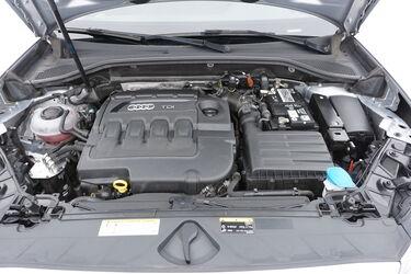Vano motore di Audi Q2