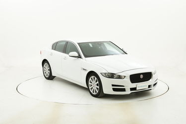 Jaguar XE Pure Business Edition Aut. usata del 2016 con 74.667 km