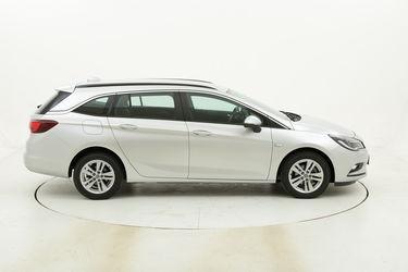 Opel Astra ST Business usata del 2017 con 114.243 km