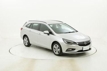 Opel Astra ST Business usata del 2017 con 67.599 km
