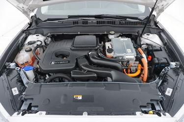 Ford Mondeo  Vano motore