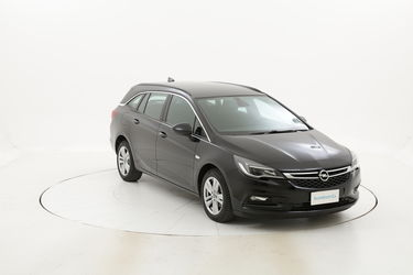 Opel Astra usata del 2017 con 90.296 km