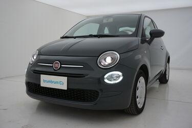 Visione frontale di Fiat 500