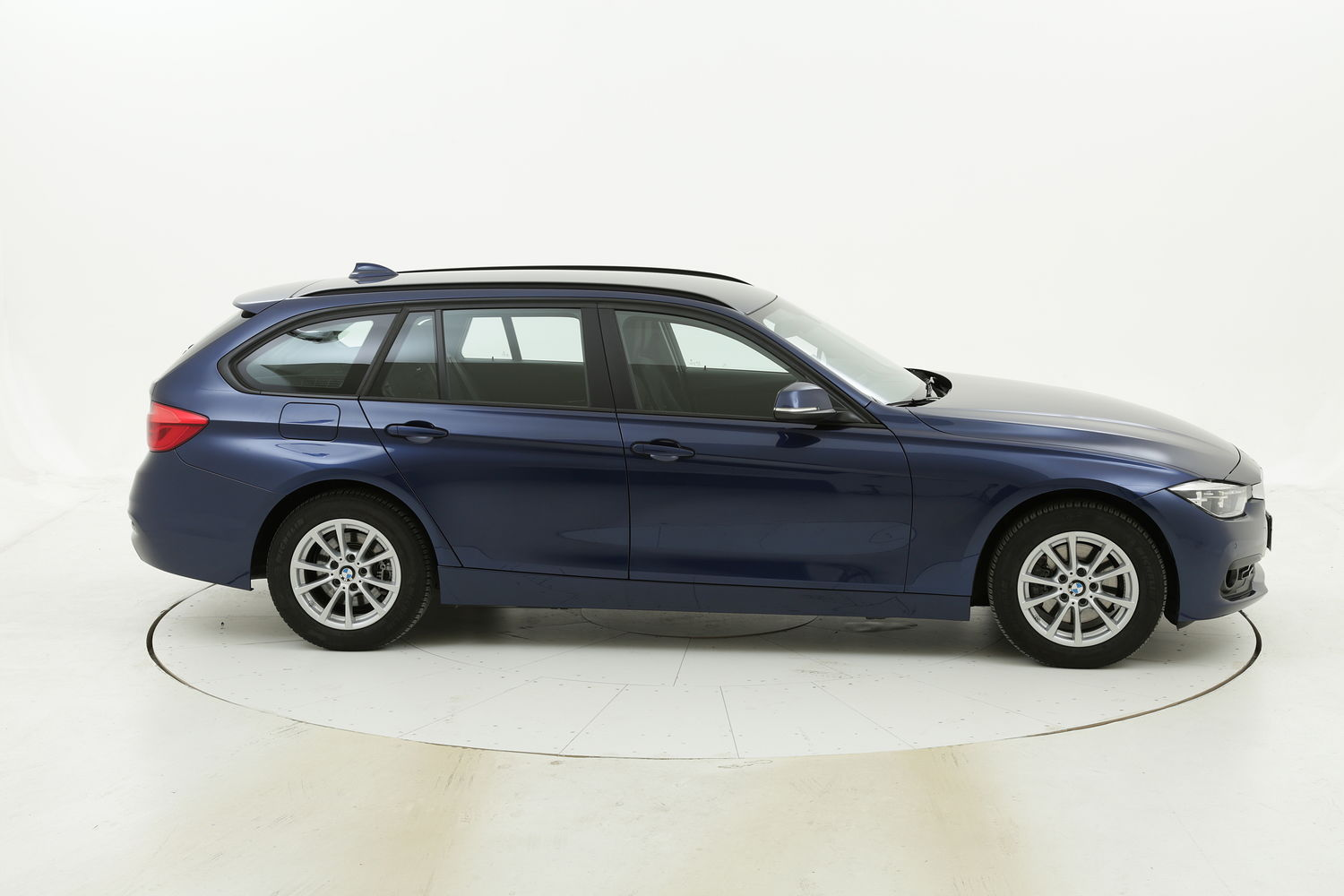 BMW Serie 3 320d XDrive Touring Business Advantage Aut. usata del 2018 con 101.690 km