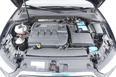 Vano motore di Audi A3