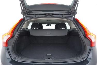Volvo V60  Bagagliaio