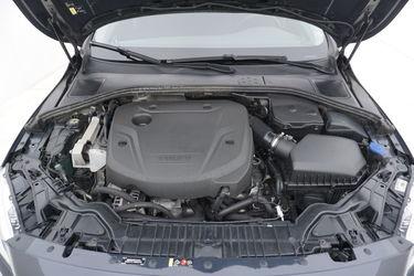 Volvo V60  Vano motore