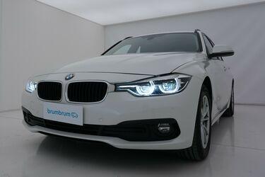 Visione frontale di BMW Serie 3