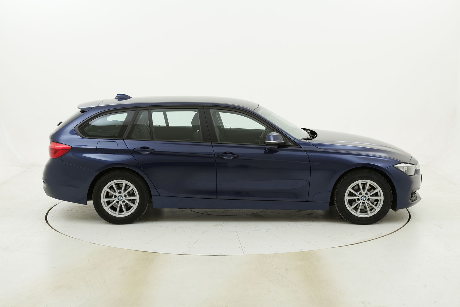BMW Serie 3 318d Touring Business Advantage aut. usata del 2017 con 80.589 km