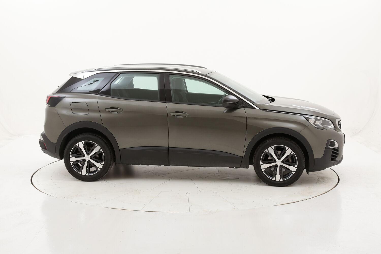 Peugeot 3008 Business EAT8 usata del 2018 con 84.886 km
