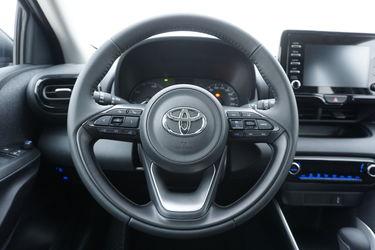Toyota Yaris  Da un'altra prospettiva
