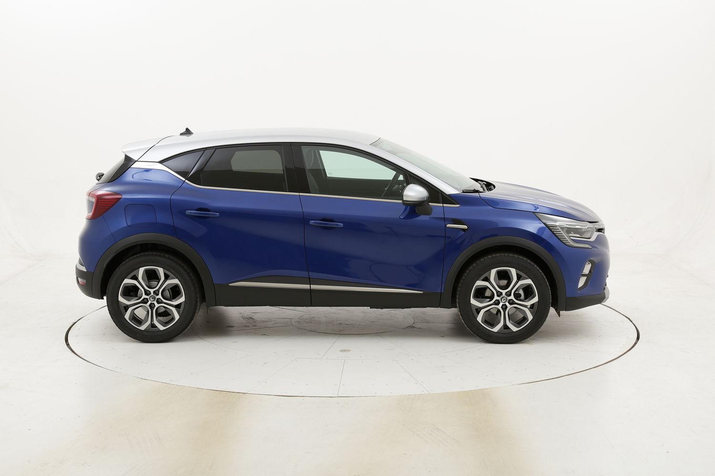 Renault Captur Intens benzina blu a noleggio a lungo termine