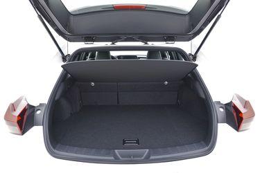 Bagagliaio di Lexus UX