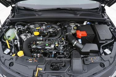 Renault Clio  Vano motore
