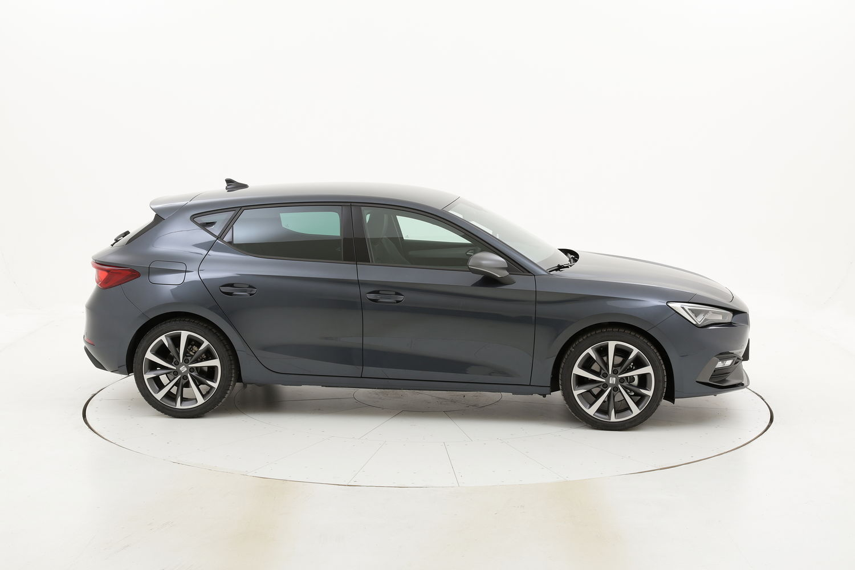 Seat Leon Business DSG ibrido benzina antracite a noleggio a lungo termine